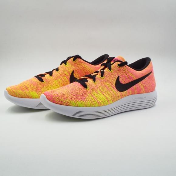 1f04d51f9853e New Women s Nike Lunarepic Low Flyknit OC Size 9.5